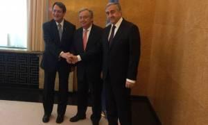 Διάσκεψη-Κυπριακό: Χωρίς σημαία της Κυπριακής Δημοκρατίας παρακάθισε στο τραπέζι ο Αναστασιάδης