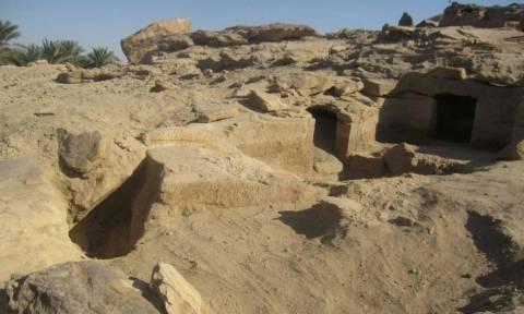 Άνοιξαν αιγυπτιακό τάφο 3,600 ετών και αυτό που βρήκαν μέσα τούς άφησε άφωνους (photos)