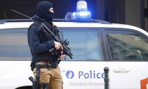 Βέλγιο: Έφοδοι της αντιτρομοκρατικής σε σπίτια υπόπτων στις Βρυξέλλες (Pics+Vid)