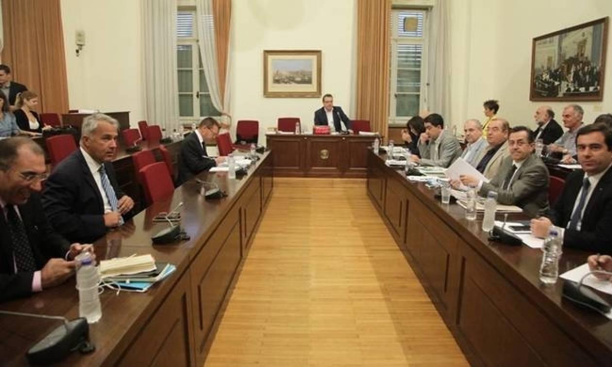 Βουλή: Στις 15:00 το εισηγητικό πόρισμα της Εξεταστικής για τα «θαλασσοδάνεια» των κομμάτων