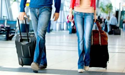 Περισσότεροι τουρίστες λιγότερα έσοδα
