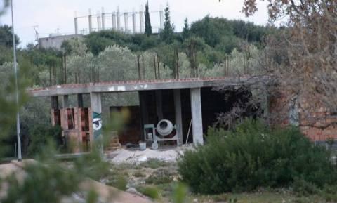 Πρόκληση στη Βόρεια Ήπειρο: Χτίζουν αυθαίρετο στην αυλή μοναστηριού