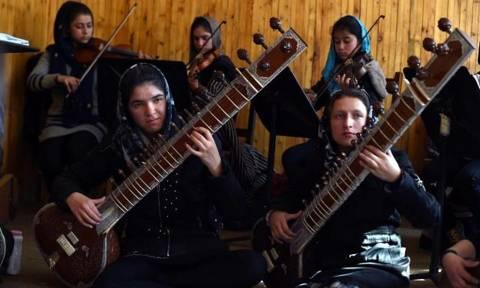 Νταβός: Με κίνδυνο της ζωής τους γυναίκες από το Αφγανιστάν θα διασκεδάσουν πλούσιους και ισχυρούς