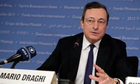 Ο Ντράγκι «αδειάζει» το ΔΝΤ: Δεν υπάρχει «μη βιώσιμο» χρέος