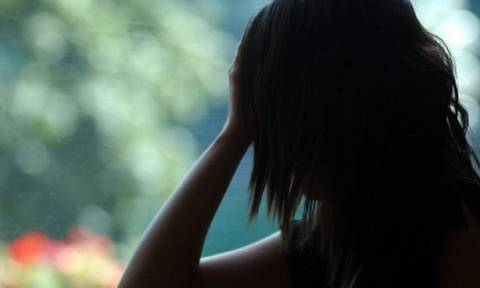 Σοκ στην Πάτρα: Πα-τέρας ξαναβίασε την κόρη του μόλις βγήκε από τη φυλακή για το βιασμό της!