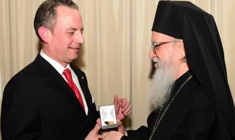 Ελληνοαμερικανός προσωπάρχης του Τραμπ: «Με τη βοήθεια του Θεού θα κάνουμε την Αμερική μεγάλη»