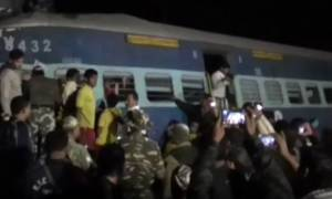 Ασύλληπτη τραγωδία στην Ινδία: 23 νεκροί και δεκάδες τραυματίες από εκτροχιασμό τρένου (Pics+Vid)