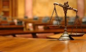Προσοχή: Έρχονται τα πάνω - κάτω στην ελληνική Δικαιοσύνη