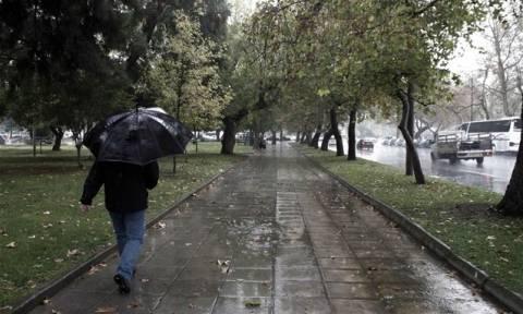 Καιρός ΕΜΥ: Βροχές, καταιγίδες και χιόνια αύριο, Δευτέρα - Αναλυτική πρόγνωση