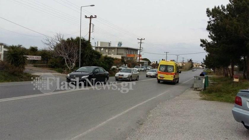 Τραγωδία στην Κρήτη: Βγήκε από το αυτοκίνητο και παρασύρθηκε από λεωφορείο (pics)