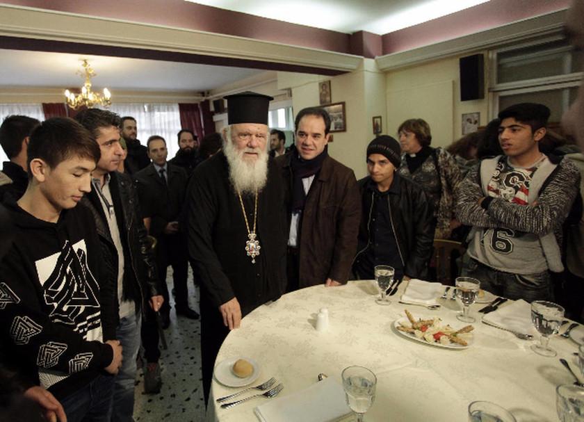 Γ. Μουζάλας σε Ιερώνυμο: Ευχαριστούμε την Εκκλησία για τη μεγαλοκαρδία της και το έργο της