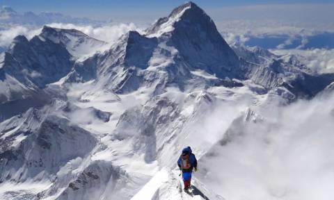 Γιατί οι επιστήμονες θα ξαναμετρήσουν το ύψος του Έβερεστ - Τι φοβούνται