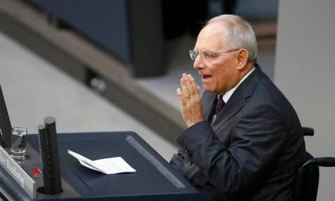 Eurogroup LIVE - Σόιμπλε: Σήμερα δεν θα ασχοληθούμε πολύ με την Ελλάδα