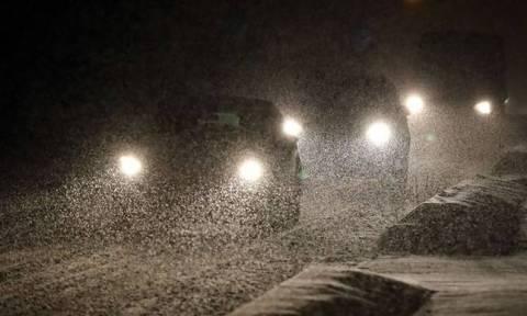 Χιόνια στην Αθήνα – Ξεκίνησε η χιονόπτωση στα βόρεια προάστια