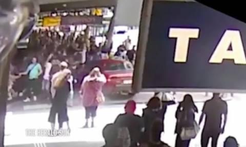 Νέο σοκαριστικό βίντεο από τη στιγμή που ο Ελληνοαυστραλός σκόρπισε τον θάνατο στη Μελβούρνη