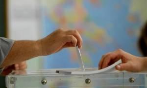 Δημοσκόπηση: «Κατρακυλά» ο ΣΥΡΙΖΑ - Προηγείται η ΝΔ με 14,1 μονάδες