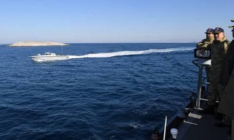 Πανηγυρίζει ο τουρκικός Τύπος για την «επίσκεψη-έκπληξη» στα Ίμια χωρίς... αντίσταση!