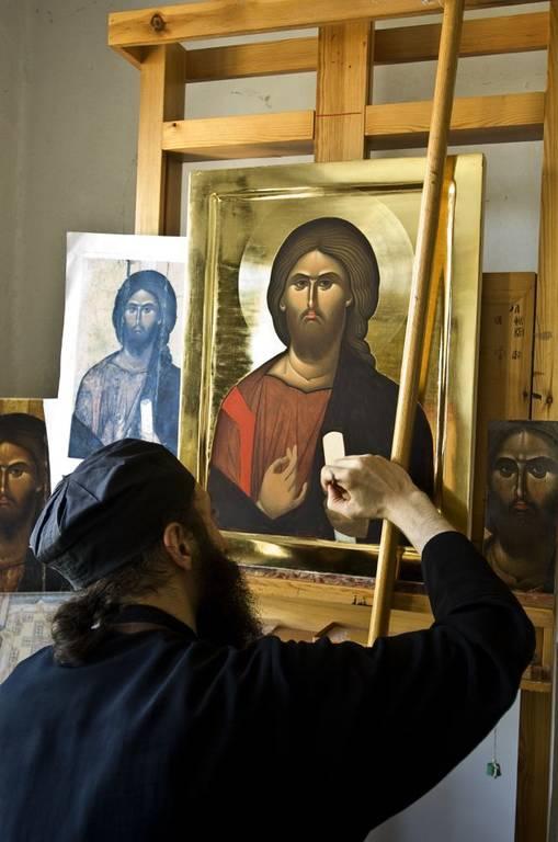 Άγιο Όρος: Στα άδυτα του εργαστηρίου αγιογραφίας της  Ι. Μ Βατοπεδίου