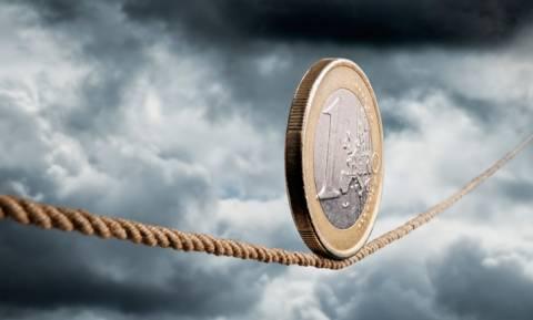 Έρχεται «ραβασάκι» από τους δανειστές: Άγρια δεκαετής λιτότητα και μείωση αφορολόγητου
