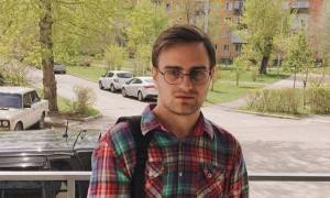 O σωσίας του Χάρι Πότερ ζει στη Σιβηρία! (pics)