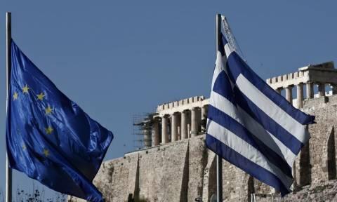 Πολιτική αστάθεια και εκλογές βλέπει ο Economist στην Ελλάδα