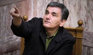Τσακαλώτος: «Πολιτικός αφρός» τα περί καβγάδων