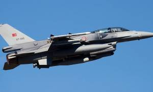Επιμένει στις προκλήσεις η Τουρκία: Νέες αερομαχίες στο Αιγαίο