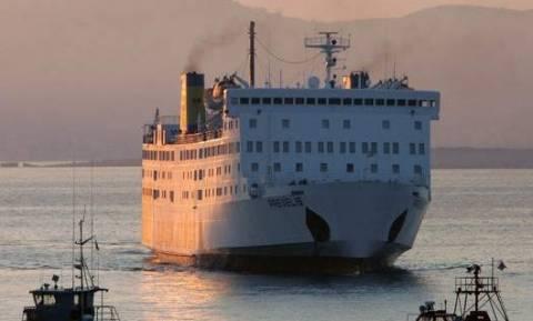 Αποκαταστάθηκε η βλάβη στο πλοίο «Πρέβελης»