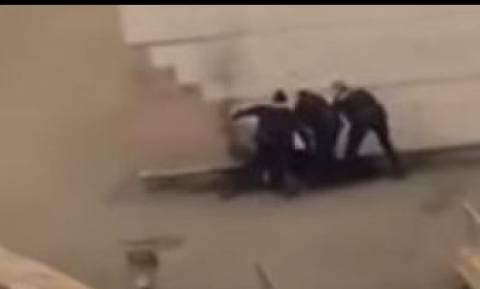 Σάλος στη Γαλλία για βιασμό νεαρού με γκλομπ από αστυνομικούς (vid)