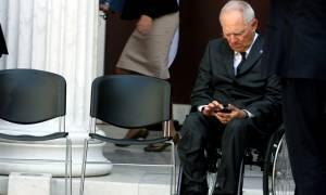 Γερμανική τρικλοποδιά στον Σόιμπλε: Η Μπούντεσταγκ τον «απογυμνώνει» για το ΔΝΤ