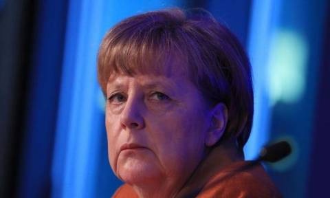 Bild: «Μήπως η Γερμανία κουράστηκε από την Μέρκελ;»