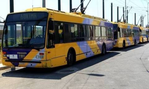Νέα επίθεση με βαριοπούλες σε λεωφορείο του ΟΑΣΑ