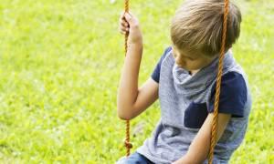 Παιδική κατάθλιψη: Τα σημάδια που πρέπει να σας ενεργοποιήσουν