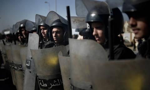 Καθεστώς δικτατορίας επιβάλλεται στην Αίγυπτο καταγγέλλουν ανθρωπιστικές οργανώσεις