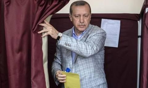 Δημοψήφισμα στην Τουρκία στις 16 Απριλίου