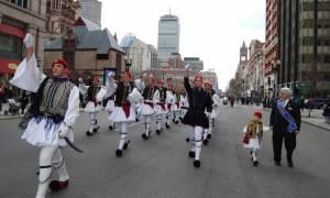 Προετοιμασίες για την παρέλαση της 25ης Μαρτίου στη Βοστώνη
