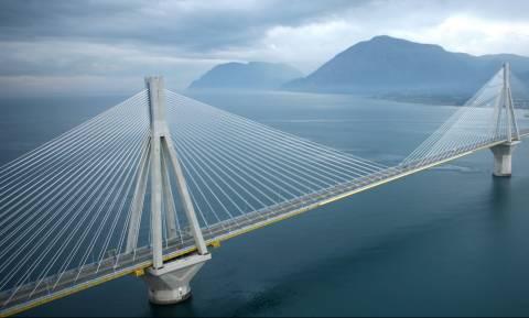 Απίστευτο: Δείτε πώς είναι τα θεμέλια της Γέφυρας Ρίου – Αντίρριου (video)