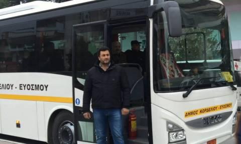 Βόμβα Κορδελιό: Λεωφορεία μεταφέρουν τους κατοίκους σε ασφαλή μέρη (vid)