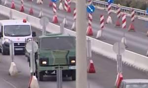 Βόμβα στο Κορδελιό: Σε εξέλιξη η μεταφορά της - Κρίσιμα τα επόμενα λεπτά