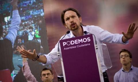 Ισπανία: Επανεξελέγη πανηγυρικά ο Ιγκλέσιας στην ηγεσία του Podemos