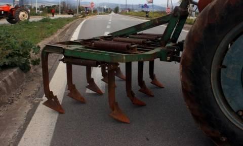 Έκλεισε αιφνιδιαστικά η Αθηνών – Πατρών από μπλόκο αγροτών