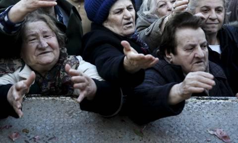 Εθνική Σύνταξη- «αντίδωρο»: Πώς μπορούν να την υπολογίσουν οι υποψήφιοι συνταξιούχοι