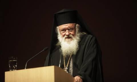 Αρχιεπίσκοπος Ιερώνυμος: Ο ελληνικός λαός έχει δύναμη και κουράγιο να ξεπεράσει την κρίση (pics)