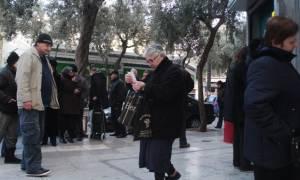 Εγκύκλιοι-σοκ για τους συνταξιούχους: Μειώσεις έως 30% στο Δημόσιο