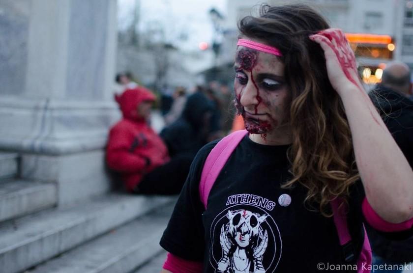 Τρόμος… με ζόμπι στο κέντρο της Αθήνας!