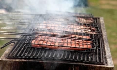 Τσικνοπέμπτη 2017: Τι γιορτάζουμε και γιατί ψήνουμε κρέας