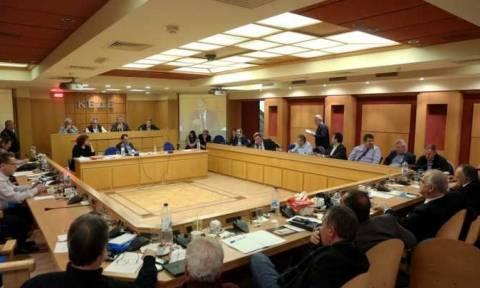ΚΕΔΕ: Συνεδριάζει αύριο παρουσία Χαρίτση -ΕΣΠΑ, ν/σ ΥΠΕΣ στην ατζέντα