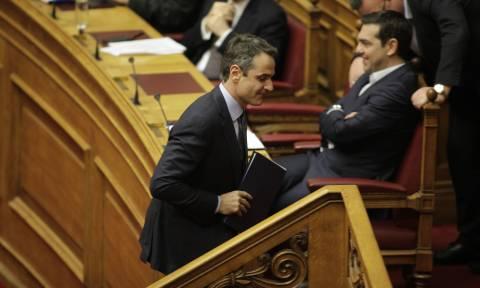 LIVE - Ώρα πρωθυπουργού: «Μονομαχία» Τσίπρα - Μητσοτάκη στη Βουλή για ασφάλεια και εγκληματικότητα