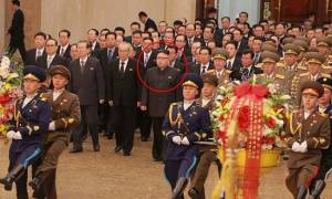 Η πρώτη δημόσια εμφάνιση του Κιμ Γιονγκ Ουν μετά τη δολοφονία του αδελφού του (pics)
