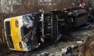 Τραγωδία στο Βέλγιο: Εκτροχιασμός τρένου με ένα νεκρό και 27 τραυματίες (pics+vid)